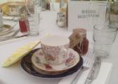 <h5>Vintage cups &amp; saucers</h5>