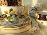 <h5>Vintage tea service for hire</h5>